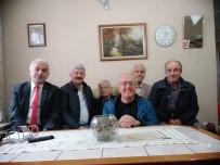 İSMET YıLMAZ - Emekli Öğretmenleri Evlerinde Ziyaret Ettiler