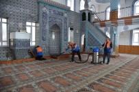 MINBER - Kartepe'de Camilerde Detaylı Temizlik