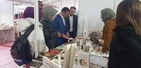SEZAI KARAKOÇ - Başkan Dağtekin, Kitap Günlerini Ziyaret Etti