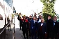 Vali Çakacak Ve Emniyet Müdürü Dinç, Es-Es Kafilesini İzmir'e Uğurladı