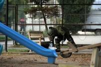 BOMBA İMHA UZMANI - Çocuk Parkındaki Şüpheli Valiz Patlatıldı