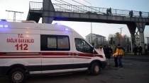 Erzurum-Ağrı Kara Yolu İki Tırın Çarpışması Sonucu Bir Süre Ulaşıma Kapandı