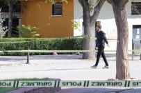 BOMBA İMHA UZMANI - Karaman'da Fünye İle Parlatılan Şüpheli Poşetten Kıyafet Ve Oyuncak Ayı Çıktı