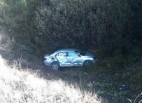 Virajı Alamayan Otomobil Şarampole Uçtu 1 Yaralı