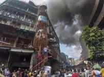 LAGOS - Nijerya'da 5 Katlı Binada Yangın