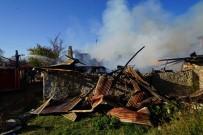 Kastamonu'da Yangın Açıklaması 1 Ev, 2 Samanlık, 1 Ahır Küle Döndü
