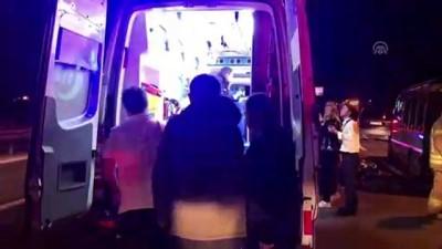 İstanbul'da Trafik Kazası Açıklaması 5 Yaralı