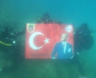Jandarma Timinden 'Ata'ya Saygı Dalışı'