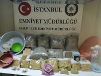 İSTANBUL EMNİYETİ - İstanbul Polisinden Uyuşturucu Operasyonu Açıklaması 22 Kilo Bonzai Ele Geçirildi