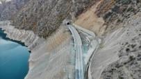 ÇORUH NEHRİ - Bu İlçeye Ulaşım 44 Tünel 20 Köprüyle Sağlanıyor