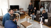 MEHMET ÖZDEMIR - Özgecan Aslan'ın Ailesi Ceren Özdemir'in Evinde