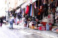 KOZMETİK ÜRÜNLER - Suriyeli Mülteci Macit Mardin'de Esnafa Gönüllü Çıraklık Yapıyor