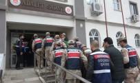 BELLEK - Hatay'da Göçmen Kaçakçılarına Darbe Açıklaması 10 Gözaltı