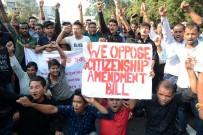 TREN SEFERLERİ - Hindistan'da Vatandaşlık Yasası Kaosu Büyüyor