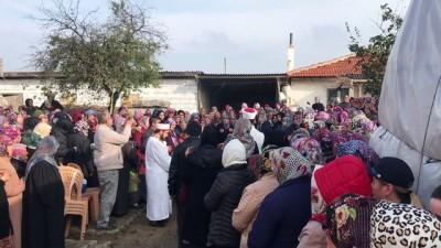 Edirne'de Trafik Kazasında Ölen Babaanne Ve Torununun Cenazesi Defnedildi