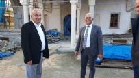 YENI CAMI - Başkan Bozkurt İnşaatı Devam Eden Camiyi Gezerek Yetkililerden Bilgi Aldı