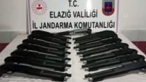 SİLAH TİCARETİ - Elazığ'da 15 Kaçak Pompalı Tüfek Ele Geçirildi