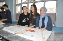 TÜRK HAVA KURUMU - Lise Öğrencileri Model Uçak Yaptı