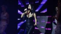 HANDE YENER - Ünlü Popçu Kendisini En Çok Üzen Şeyi Uludağ'da Açıkladı