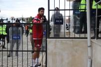 KASTAMONUSPOR - Elazığspor'da Onur Alsu'nun Sol Çapraz Bağı Yırtıldı