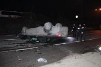 SAKARYA CADDESİ - Kontrolden Çıkan Otomobil Ağaca Çarparak Devrildi Açıklaması 2 Yaralı