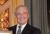 KOÇ HOLDING - Koç Holding Şeref Başkanı Rahmi M. Koç, Kalça Kırığından Ameliyat Oldu