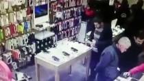 MEHMET KARTAL - Kütahya'da Cep Telefonu Hırsızı Güvenlik Kamerası Görüntüleri Sayesinde Yakalandı