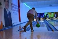 BOWLING - Osmangazi Personelinin Bowling Heyecanı