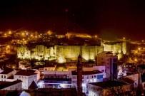 BÜYÜK İSKENDER - 7 Bin Yıllık Bitlis'in Işıklandırılmış Hali Büyülüyor