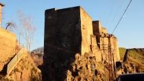 BÜYÜK İSKENDER - Bitlis Kalesi'ni Işıklandırma Çalışması Tamamlandı