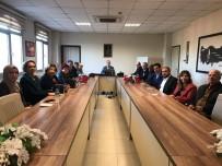 ATATÜRKÇÜ DÜŞÜNCE DERNEĞI - Burhaniye'de Sosyal Yardımlaşma Vakfına Üye Seçimi Yapıldı