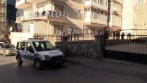 LÜTFİ KIRDAR - Eşini 17 Yerinden Bıçaklayan Zanlı, Özel Ekip Tarafından Yakalandı