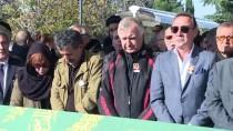 MÜJDAT GEZEN - Tunç Başaran İçin Şakirin Camisi'nde Cenaze Namazı Kılındı