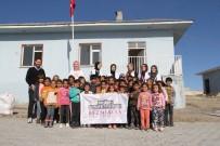 DİŞ FIRÇALAMA - Genç Yeryüzü Doktorları Kulübü Gönüllüleri Gürpınar'da