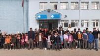 HASAN YILMAZ - Köy Okulundaki Miniklerin Tıraş Mutluluğu