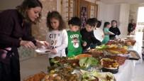 YUNUSLAR - Nazilli'de Minikler Yerli Malı Haftasını Kutladı