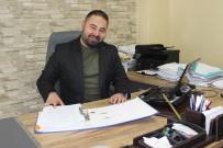 KAHKAHA - Adliyede Avukat, Sahnede Komedyen
