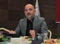 İVEDİK ORGANİZE SANAYİ BÖLGESİ - EGD Kurucu Başkanı Uçar, 'Endüstri Muhabirliğine Ayrı Bir Pencere Açmak İçin Ete Kemiğe Büründük'
