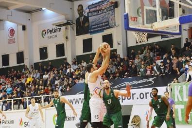 İzmir Derbisinin Galibi Bornova Belediyespor