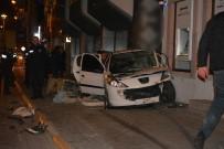 BAYRAM YıLMAZ - Ayvalık'ta Traktör İle Otomobil Çarpıştı Açıklaması 5 Yaralı
