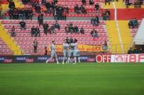 İSMAIL ŞENCAN - Süper Lig Açıklaması İM Kayserispor Açıklaması 1 - Medipol Başakşehir Açıklaması 2 (İlk Yarı)