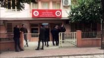 Adana'da Silahlı Saldırıda Ölen İki Arkadaşın Cenazeleri Ailelerine Teslim Edildi