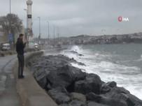 SARAYBURNU - İstanbul'da Şiddetli Lodos
