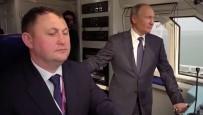 TREN SEFERLERİ - Putin, Kırım Köprüsü'nün İlk Demir Yolu Testini Gerçekleştirdi