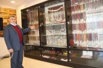TESBIH - Türkiye'yi Gezdi, Dev Tespih Koleksiyonu Yaptı