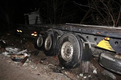 Çankırı'da Kaza Açıklaması 2 Ölü, 2 Yaralı