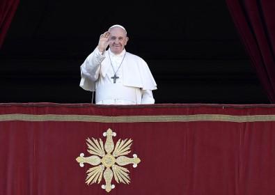 Katolik Dünyasının Ruhani Lideri Francis'den Barış Çağrısı