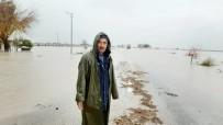 ÇATALHÖYÜK - Sel Suları Kadirli-Adana Karayolunu Ulaşıma Kapattı
