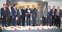 HAYATİ YAZICI - TOBB Başkanı Hisarcıklıoğlu İstihdamın Yıldızları Ödül Törenine Katıldı
