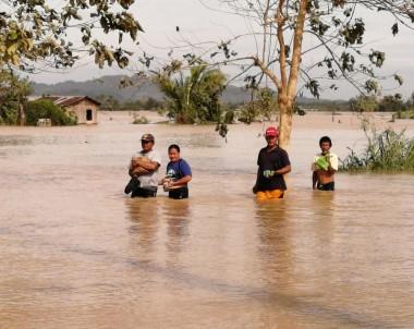 Filipinler'de Phanfone Tayfunu Nedeniyle 16 Kişi Hayatını Kaybetti